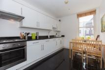 1 bed Flat to rent in Lavender Hill, SW11