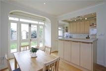 4 bedroom Terraced house to rent in Sandgate Lane, SW18