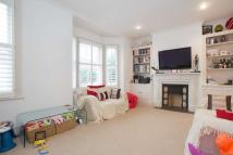 2 bed Flat in Kyrle Road, SW11