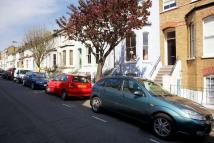 Maisonette to rent in Bennerley Road, SW11