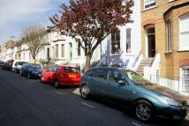 Maisonette in Bennerley Road, SW11