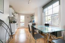 2 bedroom Flat in Ingelow Road, SW8
