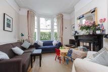 Flat to rent in Burland Road, SW11