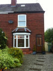3 bed semi detached house in Station Street, DN10
