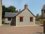 Detached Bungalow to rent in High Street, Henstridge...