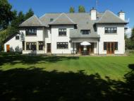 6 bedroom Detached house for sale in York Drive, Bowdon...