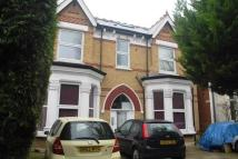 Flat in Gordon Road, London, W5