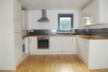 2 bed Apartment to rent in Hanley Road, London, N4