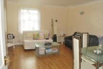 2 bedroom Flat to rent in Southgate Road, London...