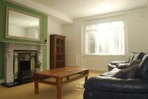 Flat in Grosvenor Avenue, London...