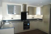 2 bedroom new Apartment in Grove Close, Avenue Road...