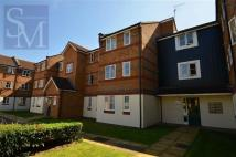 Flat to rent in Hispano Mews, Enfield...