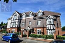 2 bedroom Flat in Rodings Court, Loughton...