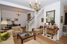 2 bedroom property in Staples Road, Loughton...