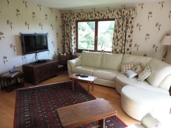 2nd F living room