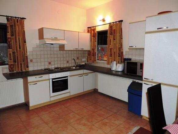 HH kitchen
