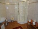 HH GF shower room
