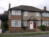 2 bed Flat in NORTHOLT AVENUE...