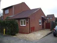 Semi-Detached Bungalow to rent in Simonsbath, Furzton...