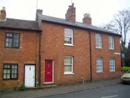 Cottage to rent in Silver Street...