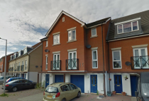 3 bedroom Town House to rent in Glandford Way...