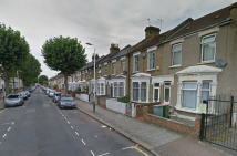 Halley Road Terraced property to rent