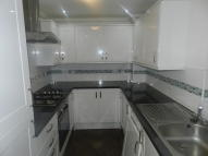 Flat to rent in Katherine Road, London...