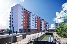 2 bed Apartment to rent in High Street, London, E15