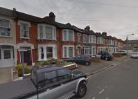 1 bed Terraced house to rent in Lambourne Road, Ilford...