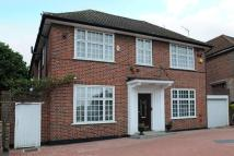 4 bed Detached house in Haslemere Gardens...