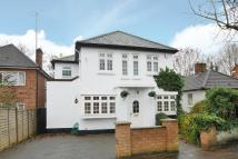 4 bed Detached house in Abercorn Road...