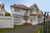 6 bed Detached house for sale in Dollis Avenue...