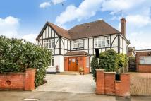 6 bed Detached property in Dollis Avenue, Finchley...