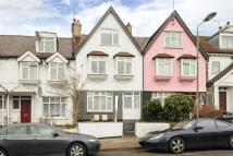 2 bedroom Flat in Sandringham Road...