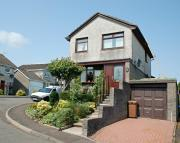 Detached property in Roseburn Drive, Holmhead...