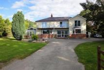 6 bedroom Detached home in Nentydd Road...