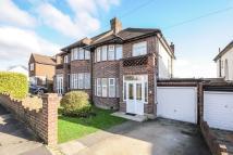 3 bed property in Northwood, HA6