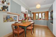 2 bed Flat for sale in Northwood, HA6