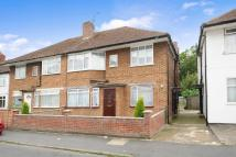 2 bedroom Maisonette in Northwood, HA6