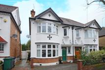 3 bed semi detached home in Friern Barnet,, London...