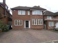 5 bed Detached home to rent in Queens Close, Hendon NW4