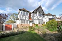 5 bedroom Detached house in FINCHLEY, LONDON N3