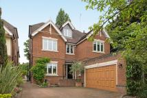 6 bed Detached home in Hendon Lane, Finchley N3