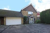 Link Detached House to rent in Rickmansworth, WD3