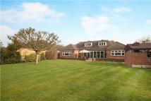 5 bedroom Detached Bungalow to rent in Rickmansworth, WD3