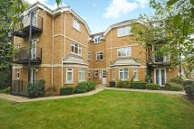 Apartment to rent in Northwood, HA6
