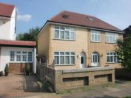 3 bed semi detached home to rent in Pinner, Middx