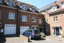 4 bed Town House in Deanfield Close, Hamble...
