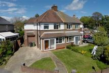 3 bed semi detached home in Cliffe Avenue, Hamble...