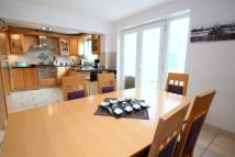 5 bed property in Mortimer Close...